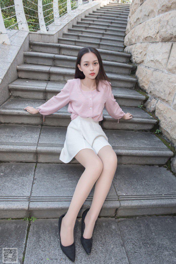 [SSA丝社]超清写真 NO.052 西西 街拍小白裙[120P/2.02G]